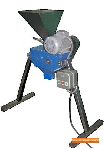 Плющильная машина для зерна П-300