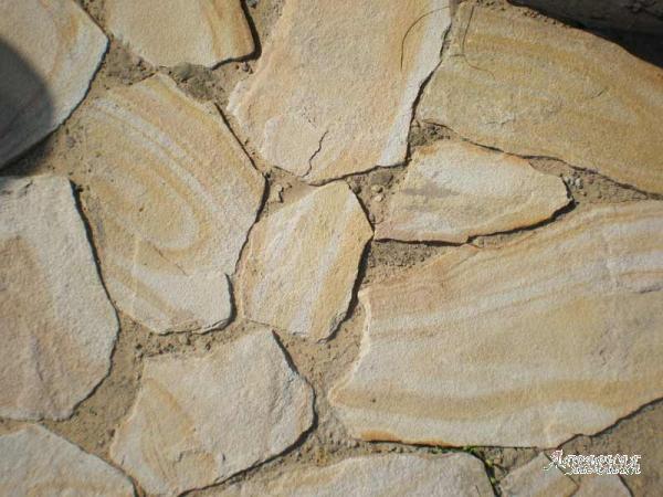Камень Бело-жёлтый с разводами природный натуральный песчаник пластушка
